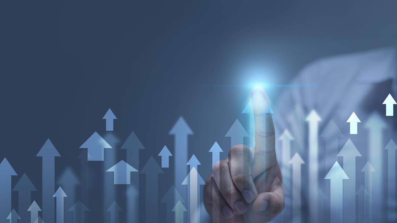 Image depicting a man touching an upward arrow to symbolize optimization.